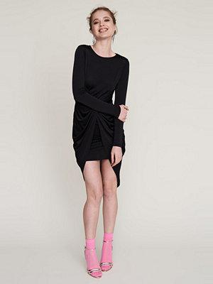 Gina Tricot Anna omlottklänning