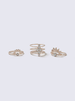 Gina Tricot Rose Gold Rhinestone Ring Multipack