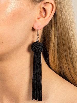 Gina Tricot örhängen Black Knot Drop Tassel Earrings