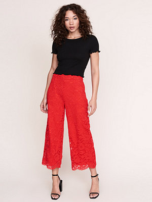 Gina Tricot röda byxor Tracy lace trousers