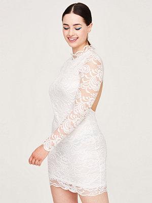 Gina Tricot Julia spetsklänning