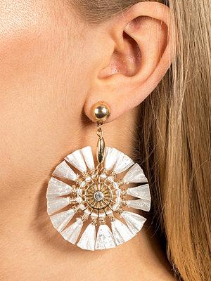 Gina Tricot örhängen Small Raffia Earring
