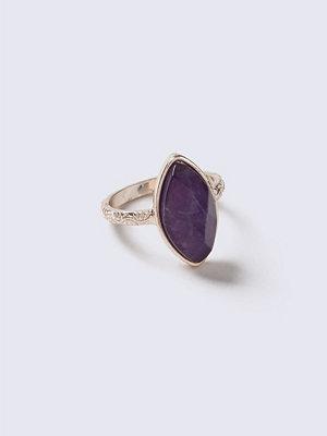 Gina Tricot Oval Semi Precious Ring