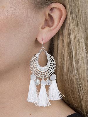 Gina Tricot örhängen Ethnic White Tassel Earrings