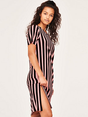 Gina Tricot Valentina t-shirt dress