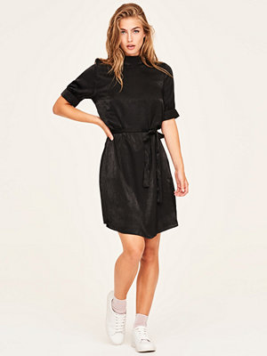 Gina Tricot Denise klänning