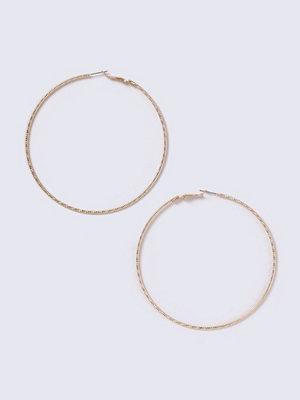 Gina Tricot örhängen Gold Look Large Hoop Earrings