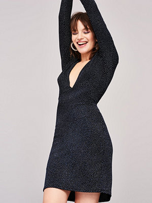 Gina Tricot Deep glitter dress