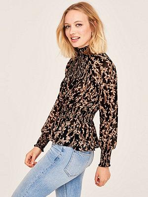 Gina Tricot Tanja smock blouse