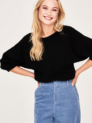 Gina Tricot Eva knitted offshoulder sweater