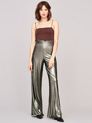 Gina Tricot omönstrade byxor Sandra frill trousers