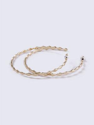 Gina Tricot örhängen Gold Look Diamond Fine Hoop Earrings