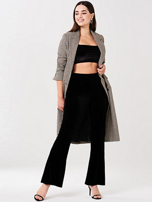 Gina Tricot svarta byxor Pia velvet trousers