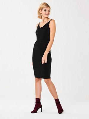 Gina Tricot Riri midi klänning