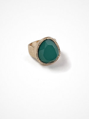 Gina Tricot Gold Look Statement Ring