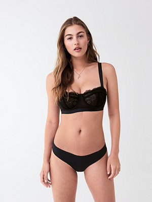 Gina Tricot Edie invisible string