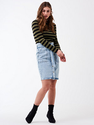 Gina Tricot Paperbag button up denim skirt