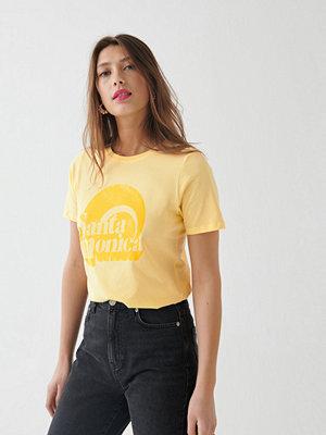T-shirts - Gina Tricot Ivory tee