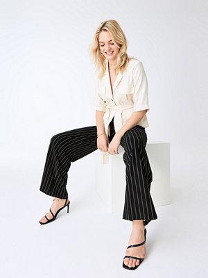 Gina Tricot svarta randiga byxor Jenna trousers