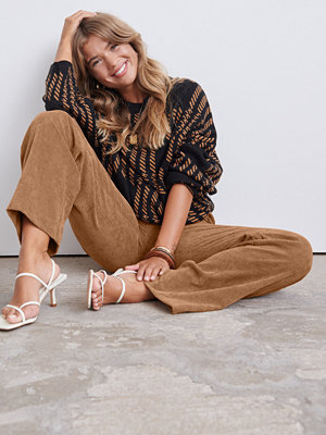 Gina Tricot beige byxor Laura corduroy trousers