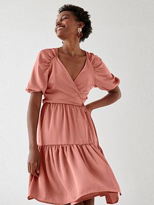 Gina Tricot Sandra wrap dress