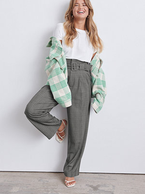 Gina Tricot grå byxor Luna belted trousers