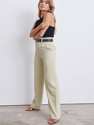 Gina Tricot omönstrade byxor Laura corduroy trousers