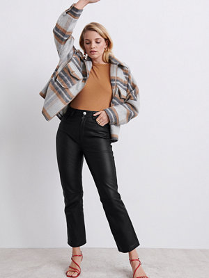 Gina Tricot svarta byxor Farrow leather trousers