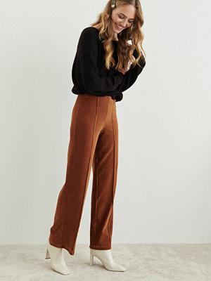 Gina Tricot bruna byxor Cara corduroy trousers
