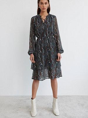 Gina Tricot Susanna dress