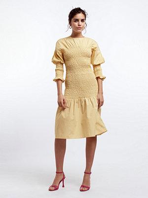 Gina Tricot Magdalena smock dress