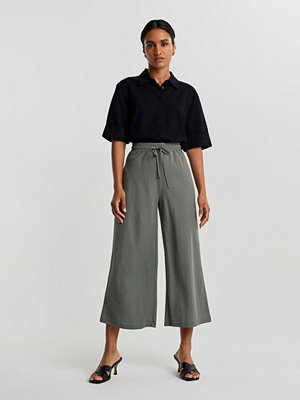 Gina Tricot grå byxor Janike culotte trousers