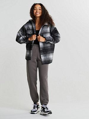 Pyjamas & myskläder - Gina Tricot Basic PETITE sweatpants