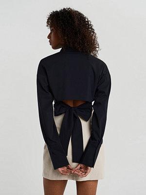 Gina Tricot Meya open back shirt