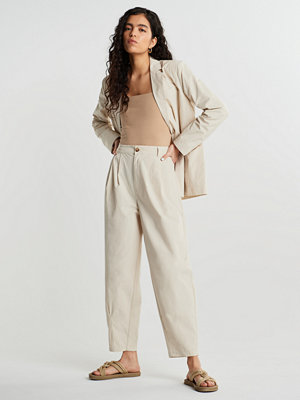 Gina Tricot vita byxor Valborg trousers