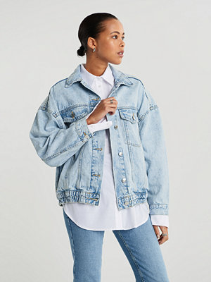 Gina Tricot 90s denim jacket