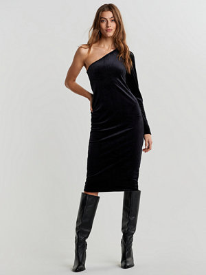 Gina Tricot One shoulder velvet dress