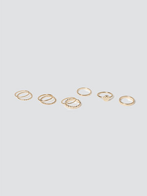 Gina Tricot Gold Coin Textured Ring Pack