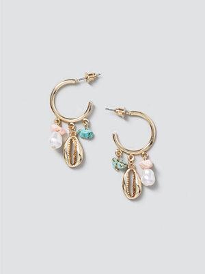 Gina Tricot smycke Shell & Pearl Drop Hoop Earrings