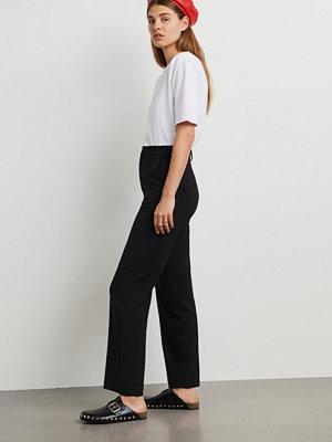Gina Tricot svarta byxor Straight REGULAR trousers