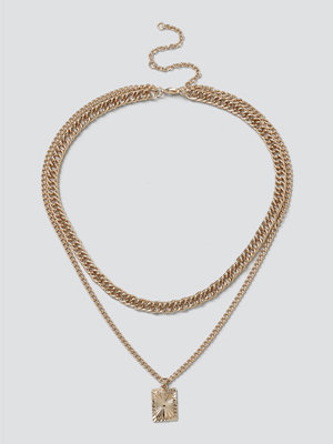 Gina Tricot halsband Gold Engraved Charm Layered Necklace