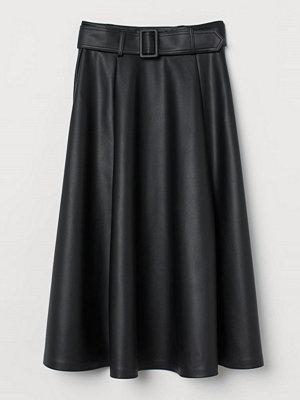 H&M Cirkelskuren kjol svart