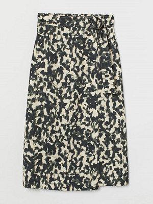 H&M Omlottkjol med D-ringar svart