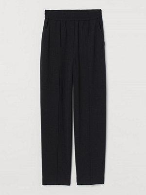 H&M svarta byxor Dressad byxa i ullmix svart