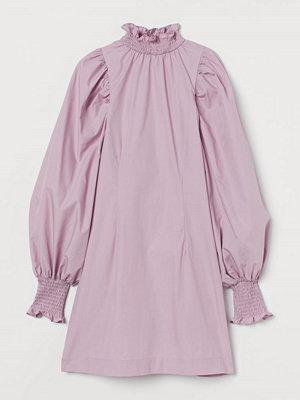 H&M Bomullsklänning med smock rosa
