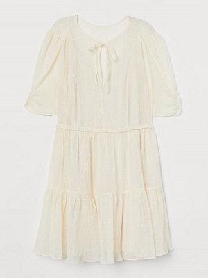 H&M Krinklad klänning vit