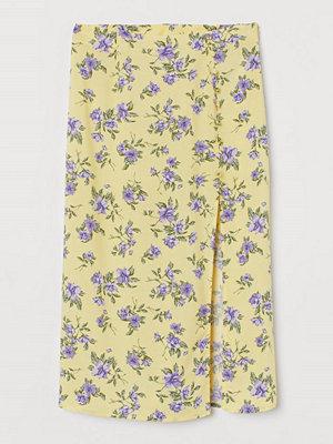H&M Kjol med hög slits gul