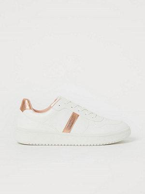 H&M Sneakers brun