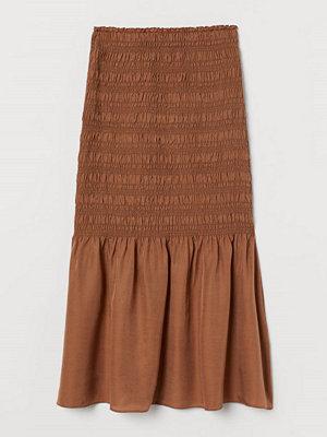 H&M Smockad kjol i silkesmix beige
