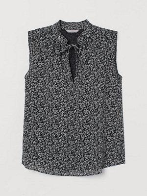 H&M Blus med plisserad krage svart